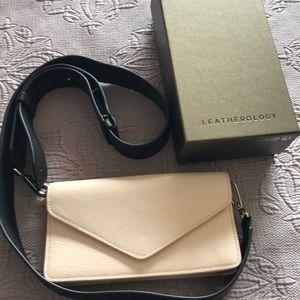 Handbags - Leather wallet/crossbody